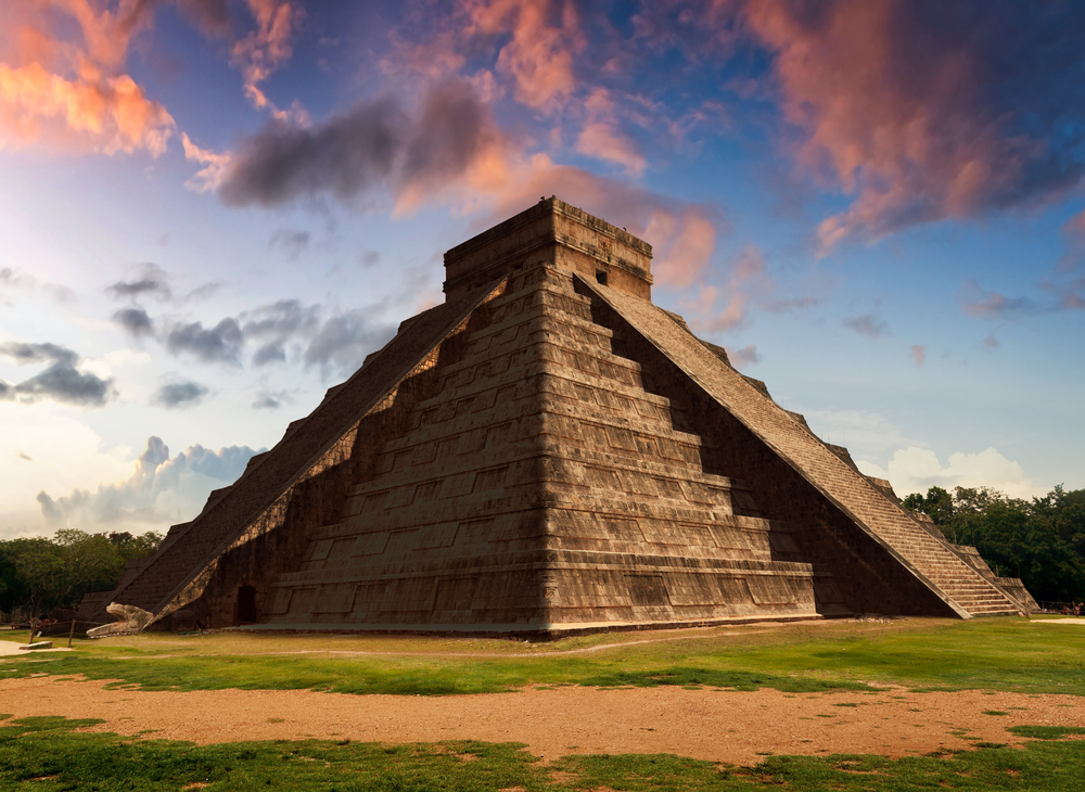 equinox at chichen itza